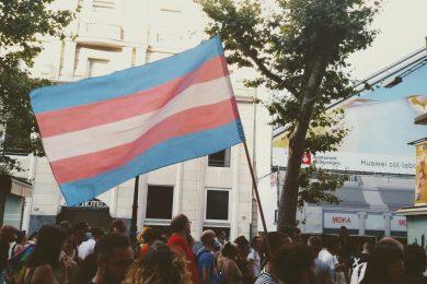 Radicali e transfemministe: cosa sta succedendo all'interno dei movimenti in Europa e perché la lotta deve essere transincludente